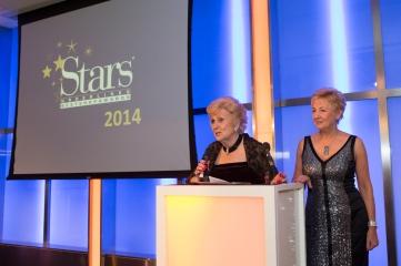 Underlines_Stars_Awards_2014_525